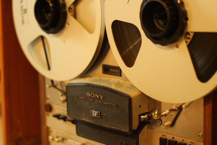 古いオーディオ機器も展示しております(*^^*)