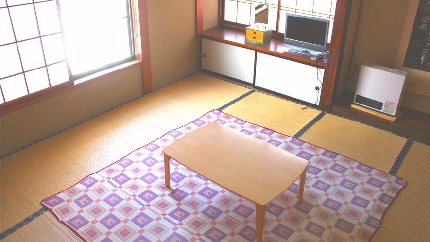 和室例です。全室窓付き、ルームキー付きです。
