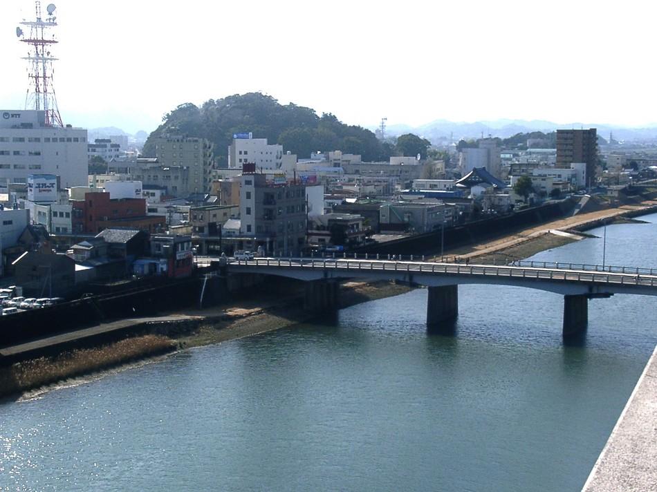 川側(城山)