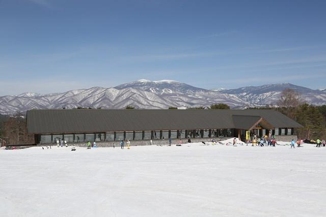 ホテルに最も近い「裏磐梯スキー場」センターハウス