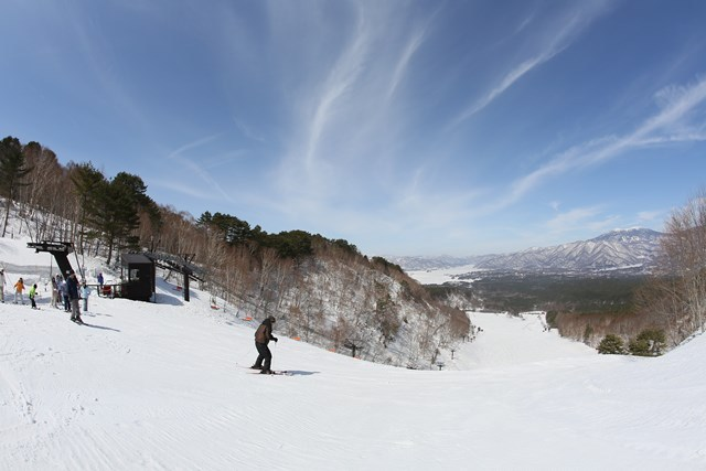 ホテルに最も近い「裏磐梯スキー場」ゲレンデトップ
