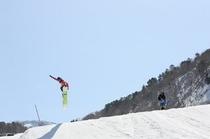 ホテルに最も近い「裏磐梯スキー場」ボードパーク
