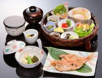 季節の和朝食膳(イメージ)