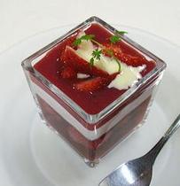 【苺のジュレ】