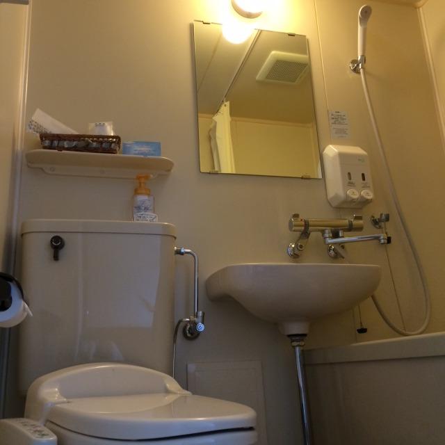 ユニットバス※和室のみ浴槽とトイレが別です。