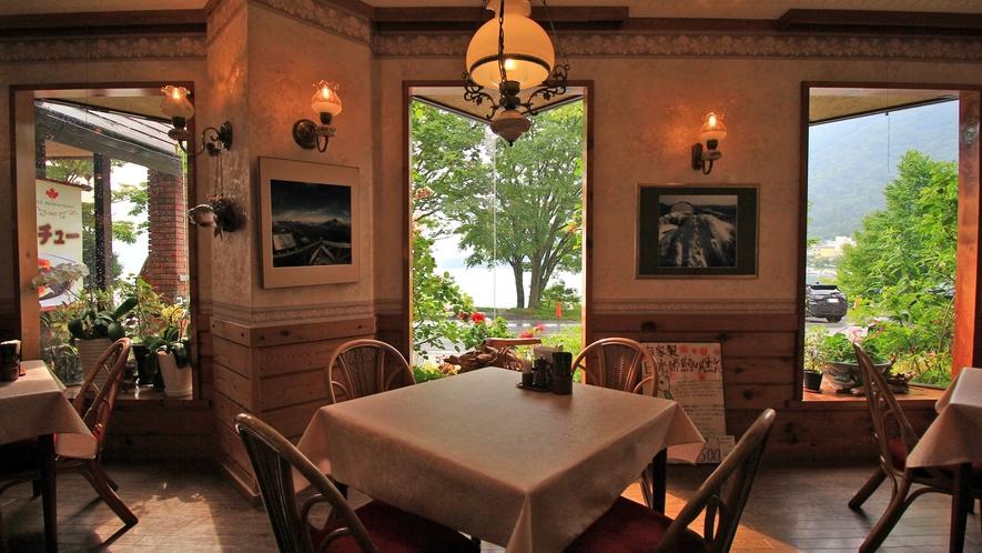 【レストランメープル】お食事はここ!民宿白樺のすぐそばにある姉妹館でお召し上がり下さい☆