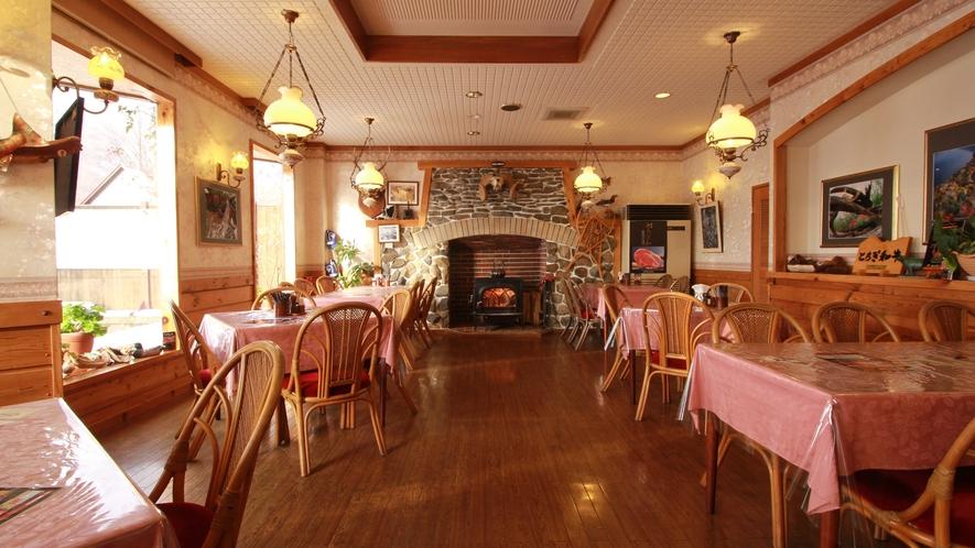◆【メープル】お食事はレストラン『メープル』にてお召し上がりいただきます。
