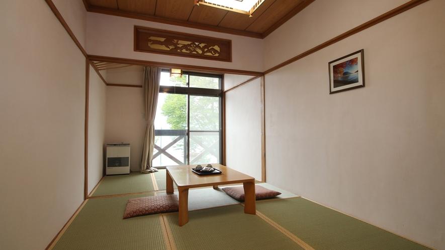◆【和室9畳(湖水側)】お部屋からみえる中禅寺湖が神秘的でステキ♪