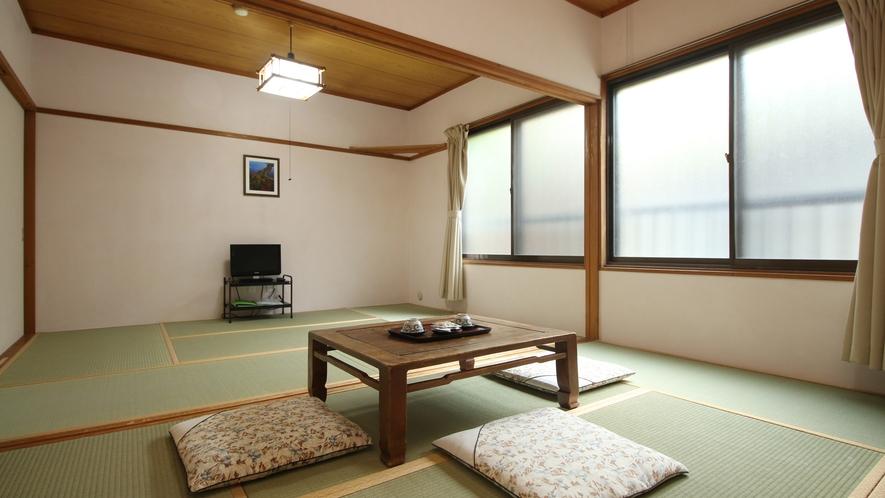 ◆【客室一例】和室12畳 広々としていてファミリー向けです。