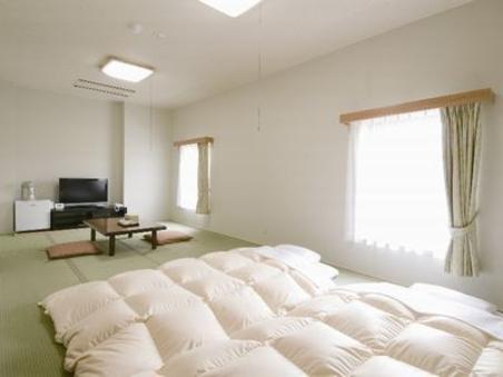 禁煙和室12畳【広々36平方メートル】
