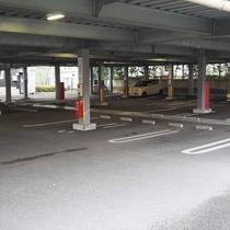 第3立体駐車場1階