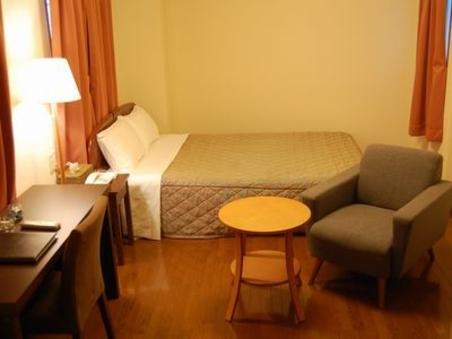 :ダブルルーム◆ベッド幅140cm◆23平米