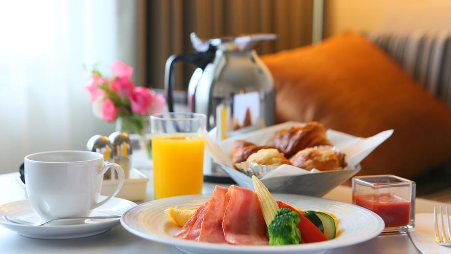 ルームサービス 朝食 イメージ