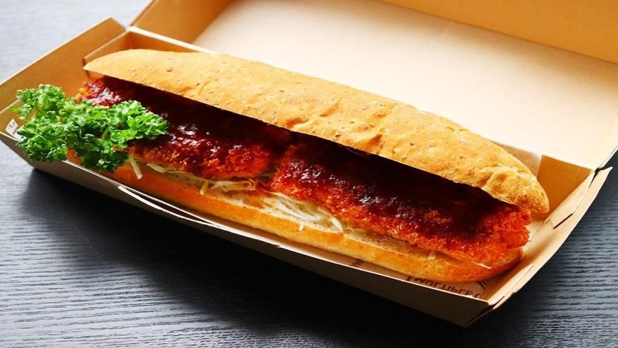 朝食デリバリー(一例) 天草ポークカツサンド