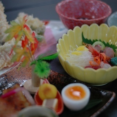 【夕食付】富山湾・とれたて地のもんを☆板長おすすめミニ会席プラン☆2名様〜より☆