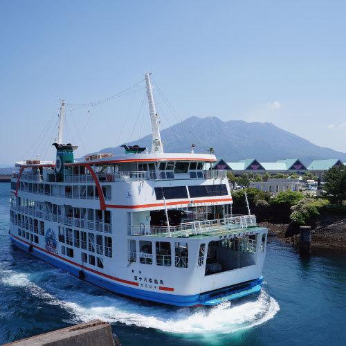 24時間運航の桜島フェリー