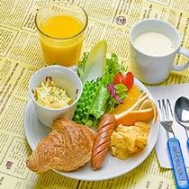 キッズプレート(小学生以下)100%ジュースや麦茶・牛乳はフリー