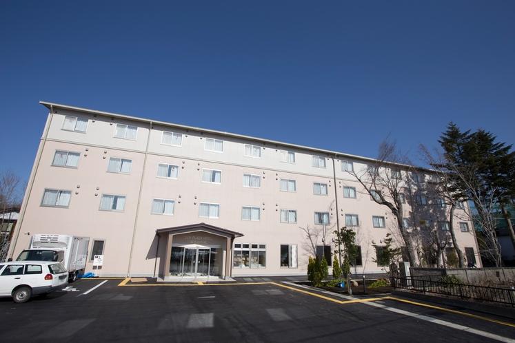 富士山の麓・山中湖畔のホテルです。