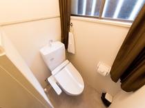 1F:トイレ
