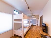1F室内:ベッドスペース
