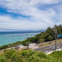 *[希望が丘入口前にある天然ビーチ]国道58号線沿いにございます