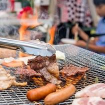 *[BBQ一例]炭火で焼くお肉は格別です!