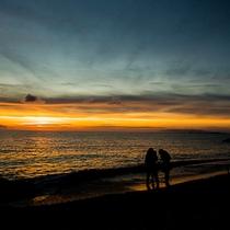 *[希望が丘入口前にある天然ビーチ]夕日もとってもキレイですよ
