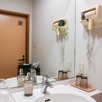 *【お部屋】洗面所も綺麗に清掃しています。