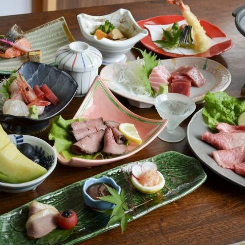 春夏秋冬それぞれの華やぎを演出した季節替わりのお料理をお楽しみください。