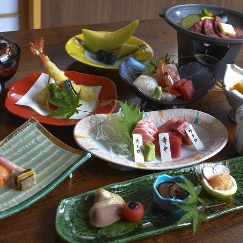 季節の一品「まぐろ食べ比べ」プラン。美味しいまぐろのお造りを通常のコースにプラス!
