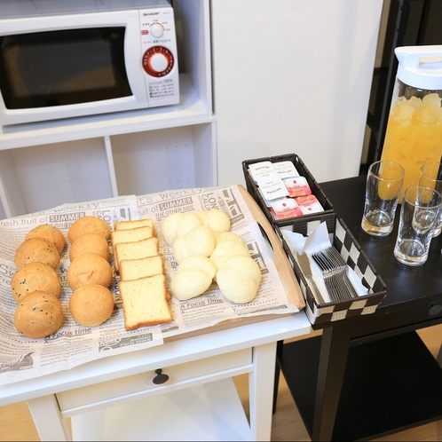 ご朝食:洋食派の方にもうれしいパンもご用意しております。