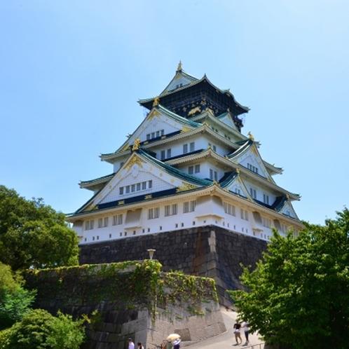 大阪城 安土桃山時代に摂津国東成郡生玉荘大坂に築かれ、江戸時代に修築された日本の城。