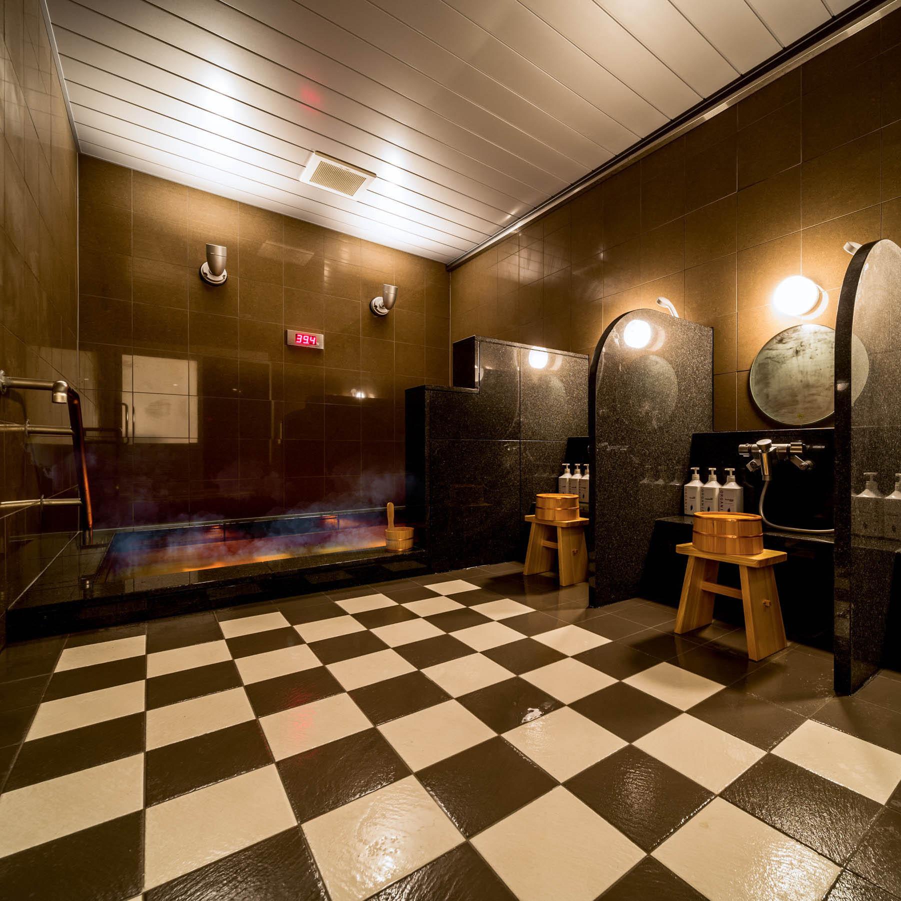 天然温泉「提燈の湯」※当館はお時間気にせずご入浴可能です!