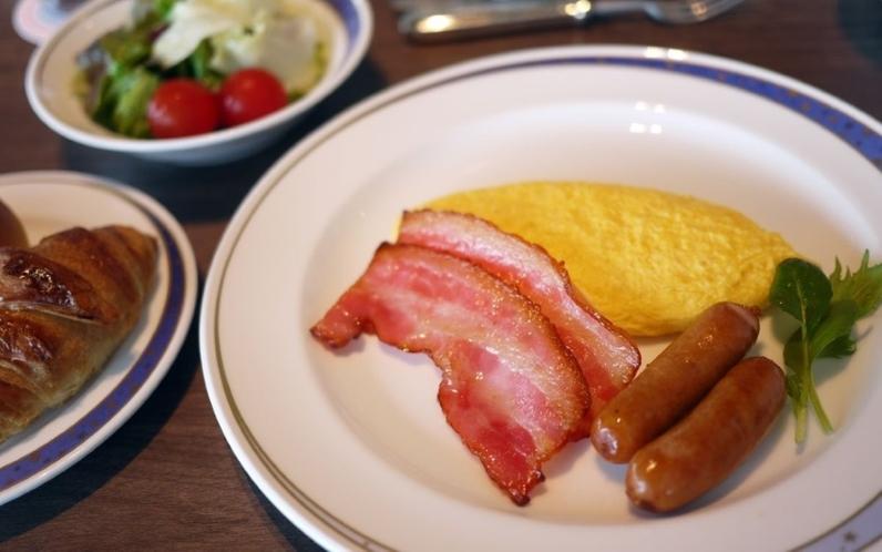 お食事の一例(朝食:洋食セットメニュー)