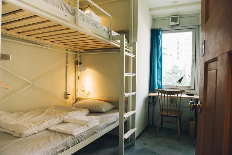 ツイン(2段ベッド)