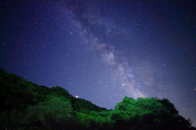玉乃湯から見る星空