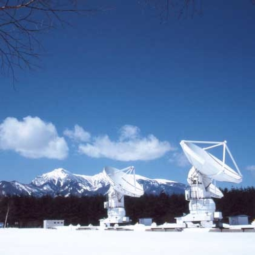 冬の野辺山天文台