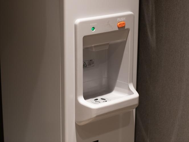 【製氷機】コインランドリー、製氷機はロビー階にご用意しております。