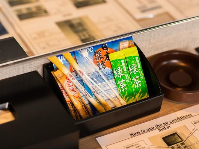【客室備品】機能的なお部屋は快適な大阪滞在をお届けいたします。