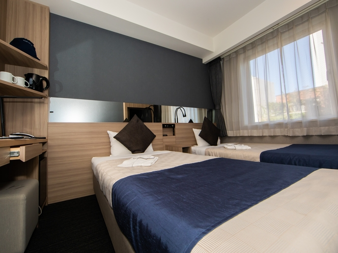 【スタンダードツイン】シングルベッドが2台設置している機能的なお部屋。