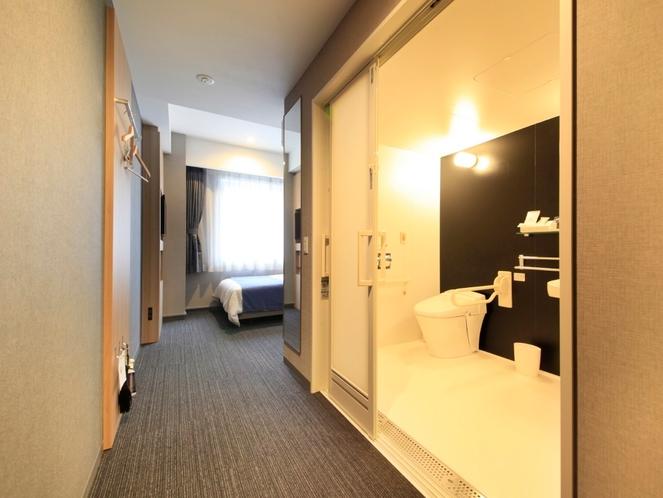 【ユニバーサルルーム】バリアフリーのお部屋でお体が不自由な方でも安心してご宿泊いただけます。