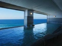 弱硫酸塩泉の島見源泉を利用した大浴場は、肌を消毒し美しくする効用があります。