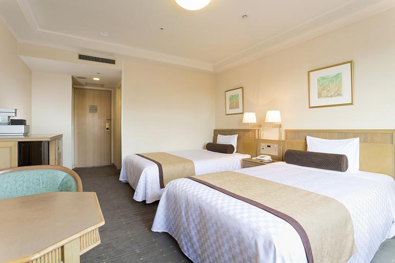 【エグゼクティブツイン】ベッド幅120cm3台/24平米/より快適さを追求したお部屋。