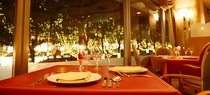 レストラン<樹林>