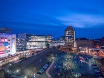 多摩センター駅周辺の静かな夜景が楽しめる西館の西側客室からの眺望