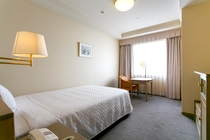 【スーペリアシングル】 ベッド幅120cm×1台/19.1平米/落ち着いたデザインのお部屋。
