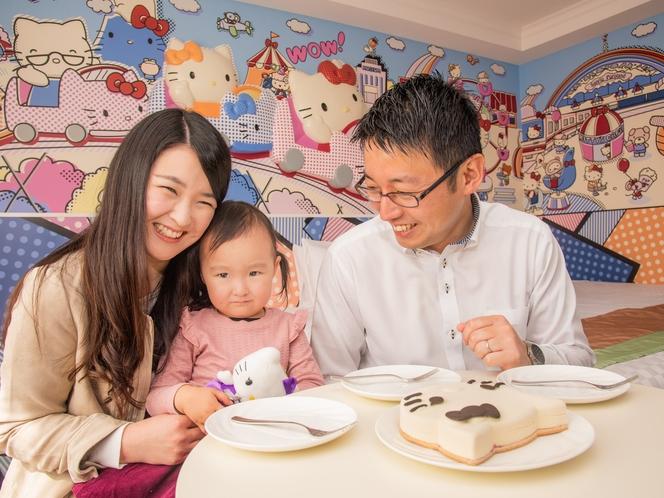 ハローキティとオトモダチが描かれたポップなお部屋でお子様も笑顔でお過ごしいただけます♪