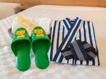 お子様用のお部屋着、スリッパ、歯ブラシ等をご用意