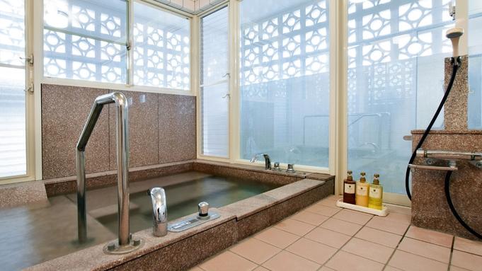 プール付き豪邸(屋根裏あり) 贅沢な空間で過ごせる広々一棟貸し スタンダードプラン(素泊まり)