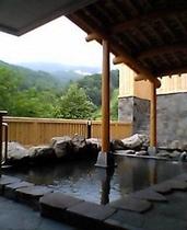 東露天風呂